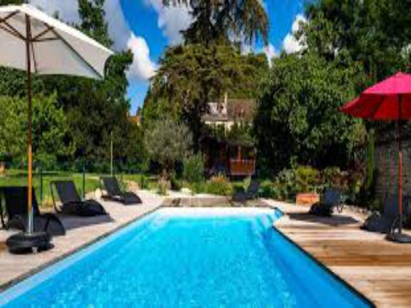 h tel h bergements insolites quai des pontis cognac centre bienvenue en france. Black Bedroom Furniture Sets. Home Design Ideas